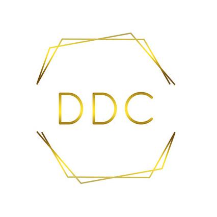 Julie Dinnissen – Dinnissen Design Co.